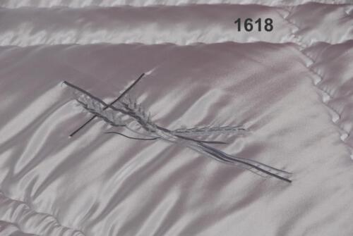WE-1618-3AV GRAUE ÄHRE MIT GRAUKREUZ NAHANSICHT